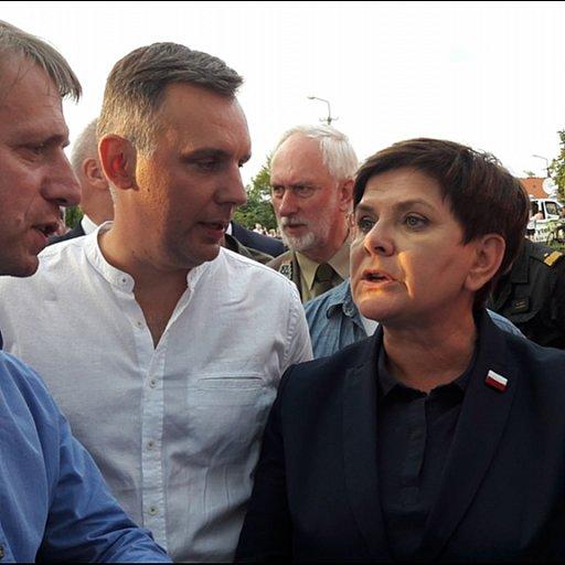 Premier Beata Szydło u poszkodowanych w diecezji pelplińskiej