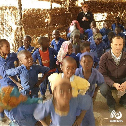 Pomoc parafii w Grzybnie dla parafii w Czadzie