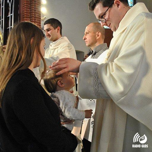 Prymicyjne błogosławieństwo neoprezbiterów w Kartuzach